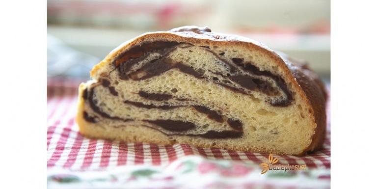 Pudingový kysnutý koláč bez laktozy